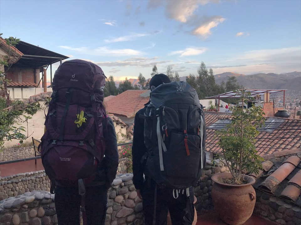 Backpacks ueber Cusco