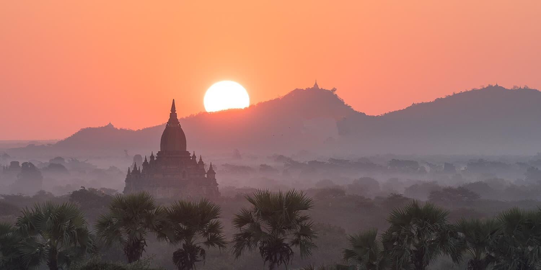 Sonnenaufgang in Bagan, Myanmar