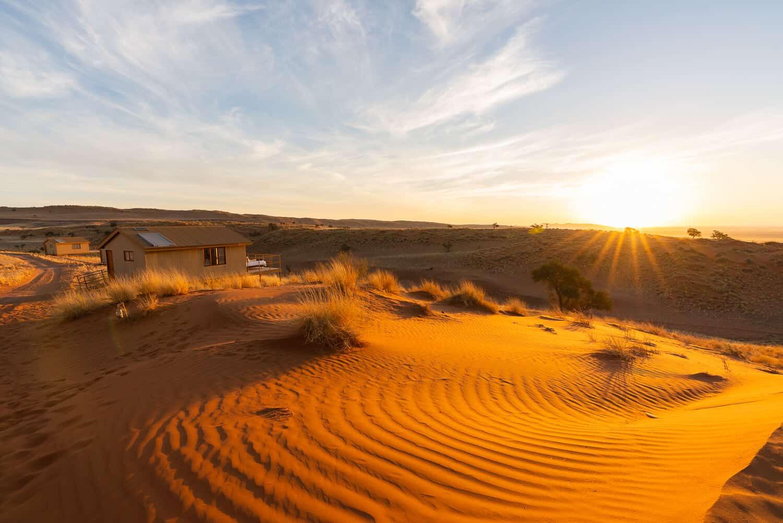 Dune Star Camp bei Sonnenuntergang