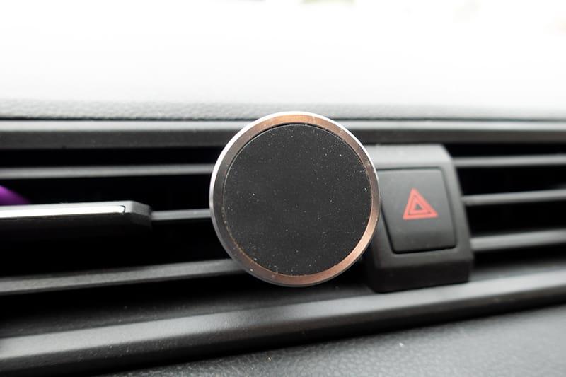 Magnetische Handyhalterung für das Auto